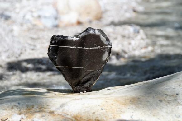 Ein Herz aus Stein Foto ivabalk/pixabay