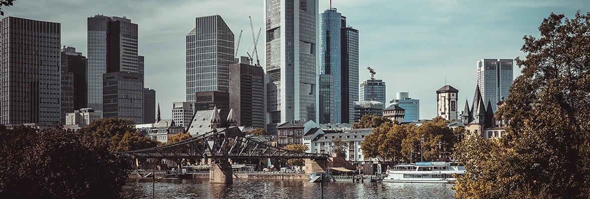 Frankfurt Skyline, Foto: Marius Christensen/unsplash.com